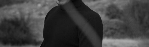 ΝΙΚΟΣ ΟΙΚΟΝΟΜΟΠΟΥΛΟΣ    Backstage φωτογραφίες από το νέο video clip «Εμένα Να Ακούς»